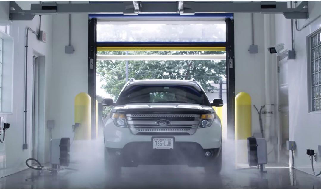 Kondor® Touchless Automatic In-Bay Wash System